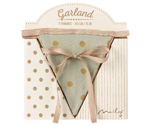 Garland, Rose - 2,4 m - 9 flag, Maileg
